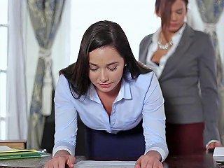 Horny Keisha Grey Shows Her Submissive Lesbian Secretary Who 039 S Boss